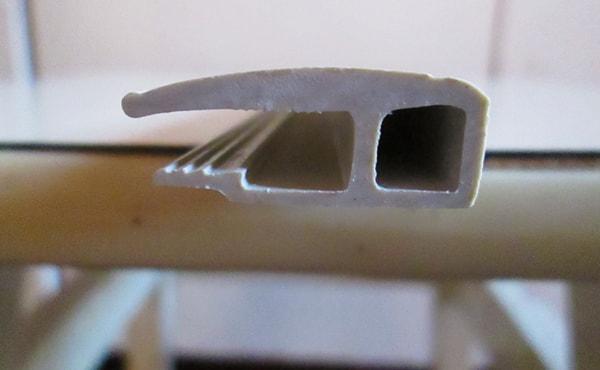 крепеж для натяжного потолка